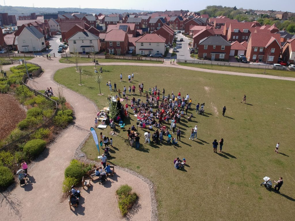 Castle Hill crowd
